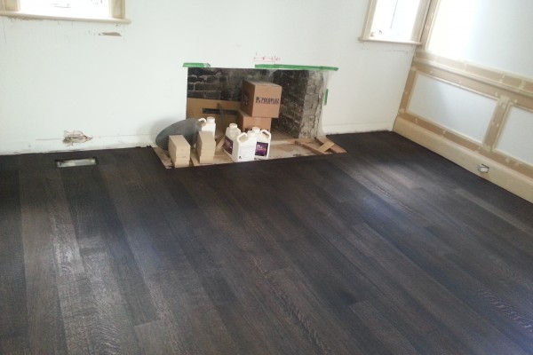 Hardwood Floors in Living Room Richmond Hill Ontario